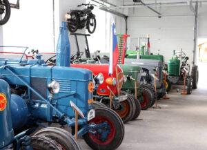 Muzej starih traktorjev