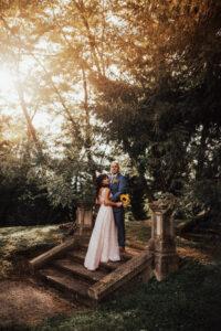 Poročni par na gradu Komenda